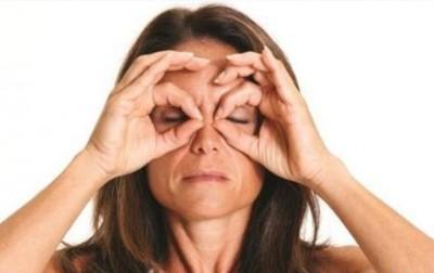 bài tập giúp mắt to hơn 1