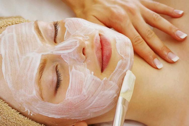 Đắp mặt nạ 2-3 lần mỗi tuần, để bổ sung độ ẩm cho da