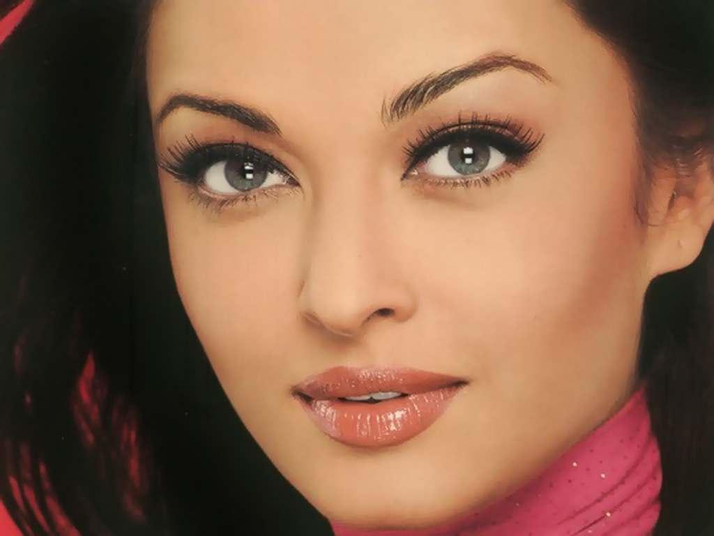 Năm 2005 cô được bầu là hoa hậu thế giới có sắc đẹp vĩnh cửu, vượt thời  gian. Với đôi mắt ma thuật của mình, Rai trở thành một trong những diễn  viên hàng ...