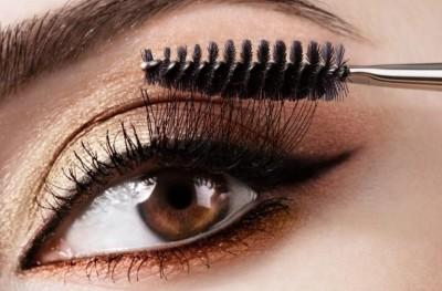 Cách trang điểm giúp mắt to hơn (4)